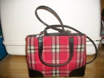 #8000 RED AND BLACK PLAID TARTAN PURSE in Fort Hood, Texas